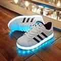 Sapatos brilhar sapatos modelos casal Coreano LED luminoso luminosa fluorescente sapatos homens e mulheres sapatos neste caso de carregamento USB,