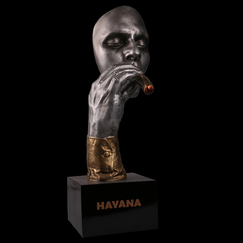 Bronzes Resin and copper plating Handicraft European Gift Cigar Man Bust Sculpture Household Marble Base Sculptures Statue hoya hmc uv c 67mm