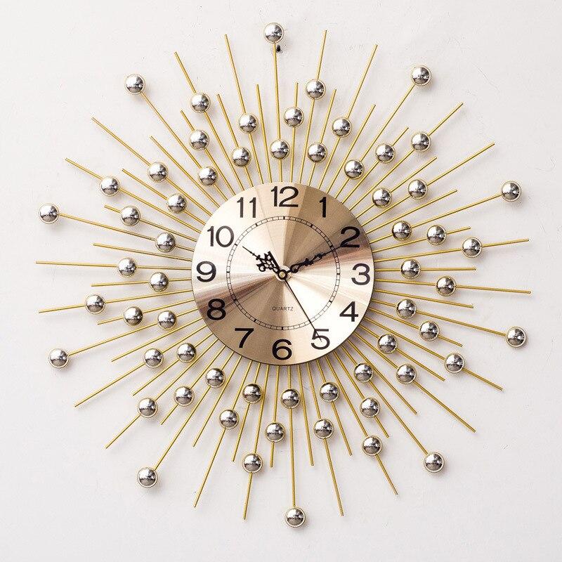 European Minimalist Creative Metal Wrought Wall Wall Clock Modern Home Living Room Mute Clock Fashion Decorative Quartz Clock