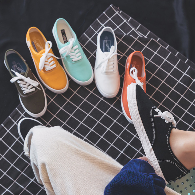 Woman Shoes Fashion 2019 Summer New Women Shoes Casual Flats Solid Canvas Classic Solid Candy Color Women Casual Shoes Sneakers