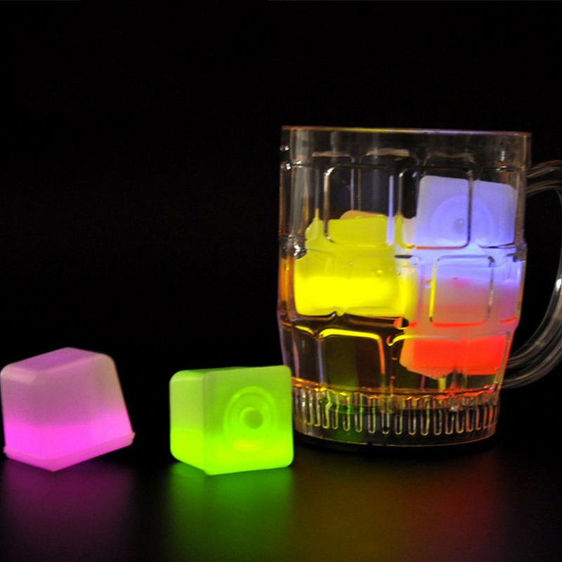 1 Pc LED Party Lights Color Changing LED Ice Cubes Glowing Ice Cubes Blinking Flashing Novelty Party Supply
