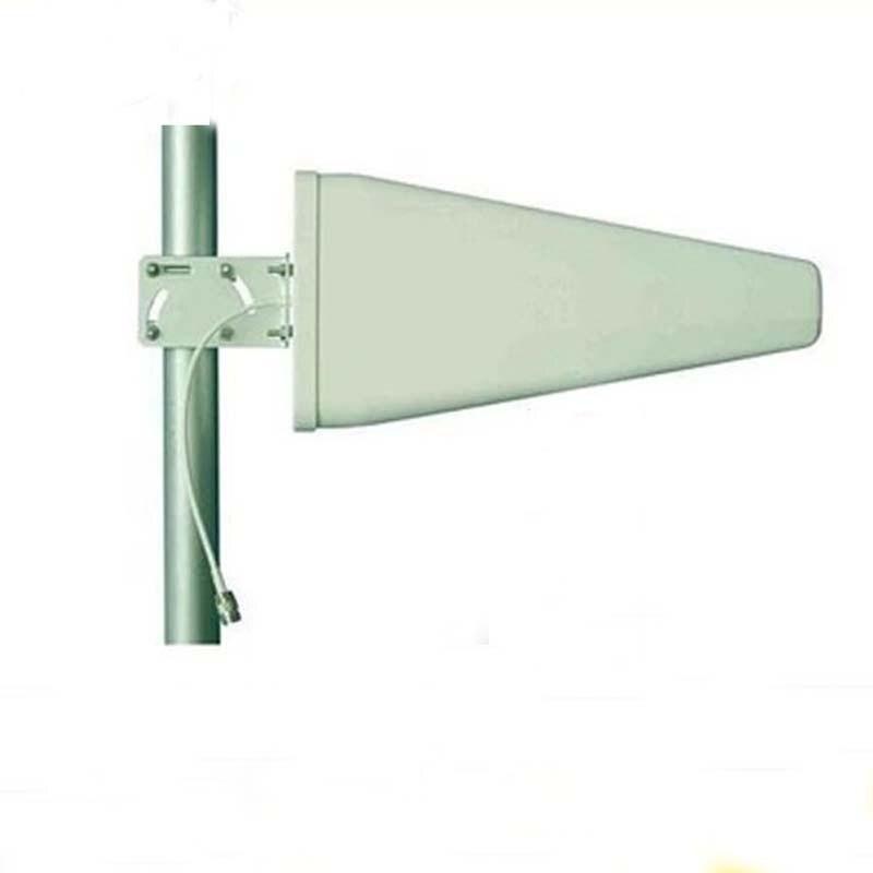 Vente chaude LPDA antenne longue portée couverture pleine bande 700-2700 mhz 4g antenne directionnelle