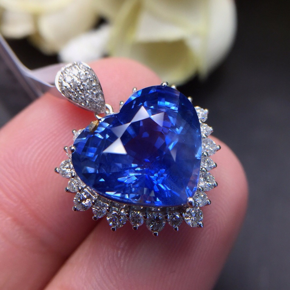 Fine Jewelry Customized Size Real 18K White Gold AU750 100% Natural Heart Blue Sapphire Gemstones Pendants for Women Necklace