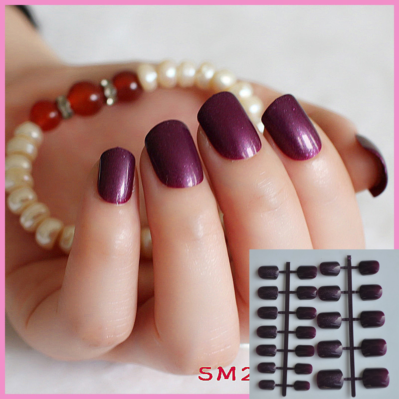 Elegant Grape Purple salon Candy Nails Short Round Carnival False ...