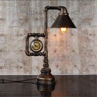 Tubulação De Água De Ferro Relógio de Mesa Retro Criativo luz E27 Personalidade Vento Quente Estilo Industrial Do Vintage lâmpada de Mesa para o Quarto Estudo