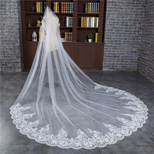 Image 4 - Romantic 3 M Wedding Veil Cathedral One Layer Lace Appliqued  Long Bridal Veils With Comb Woman Marry Gifts 2018 New Accessories