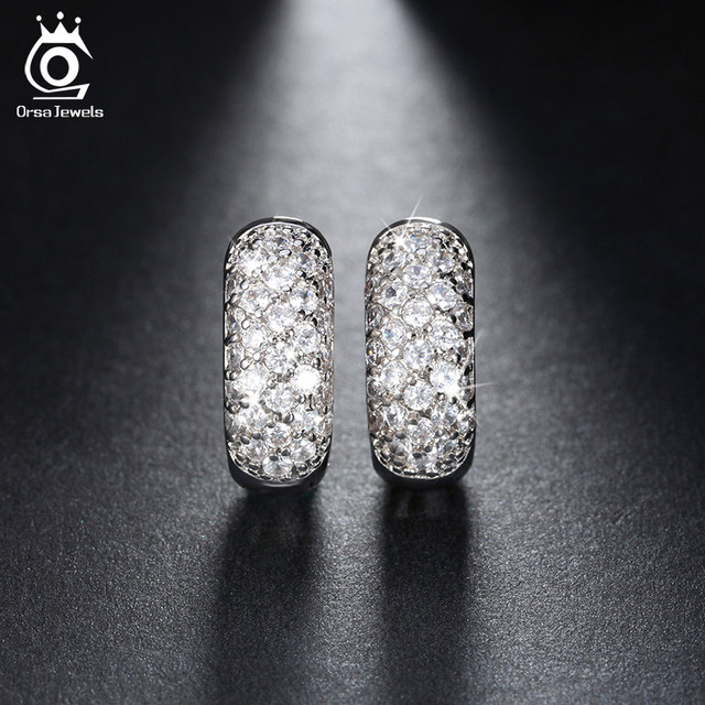 ORSA JEWELS Luxury Small Circle Austrian Clear CZ Earring for Women Fashion Party Elegant Stud Earrings Jewelry OME22