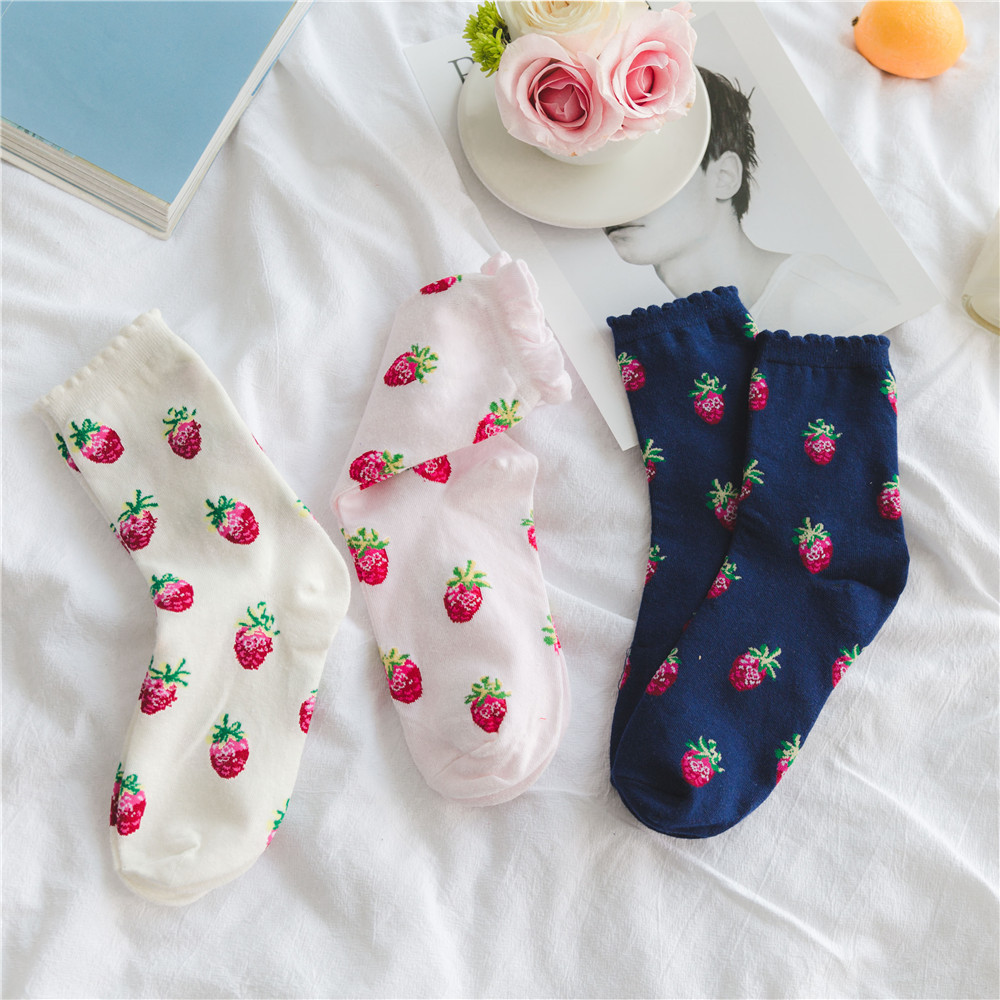 Lolita Style Cute Strawberry Pattern Women Girl Crew Bubble Socks Combed Cotton Kawaii Harajuku Funny Casual Art Sox White