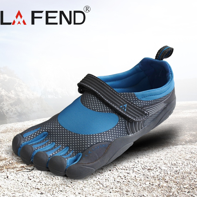 2017 LAFEND Sale China Brand Design with Five Fingers Outdoor Slip Resistant Breathable Lightweight Mountaineer Shoes for Women