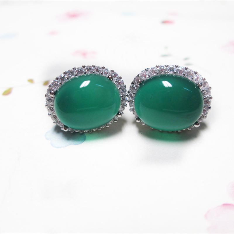 Character silver items Thai silver wholesale S925 pure silver ornaments zircon edge green agate ear clip character silver product s925 pure silver new mark antique watch authentic thai contracted female model