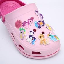 Sıcak Satış DIY Karikatür Ayakkabı Takılar Çocuklar Için Croc Bebek Kız Ayakkabı Tokaları Aksesuarları Fit Bantları PVC Bilezikler
