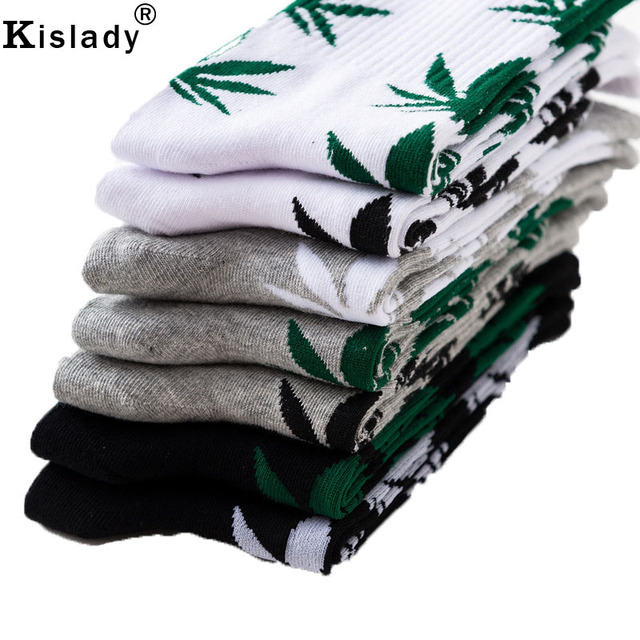New 2018 Fall Winter Men's Fashion Maple leaf Socks Weed Socks 100% Cotton Crazy Tube Socks Novelty Cool Socks Gifts For Men