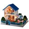 Hot Sale Frete Grátis Montagem DIY Kit Modelo de Casa De Boneca De Madeira Em Miniatura