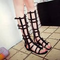 2016 Summer New Gladiator Sandals Women High Street Fashion Hollow Belt Buckle Cool Open-Toed Women Sandals Black Size 35-39