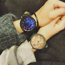 Trend Retro Casual Neutral Watches 45mm Big Dial Star and Wooden Styel Fashion Women Quartz Watches Creative Wristwatches Clock