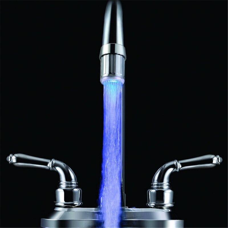 24 мм Наружная резьба один синий цвет освещенной кухне кран с адаптерами без упаковки