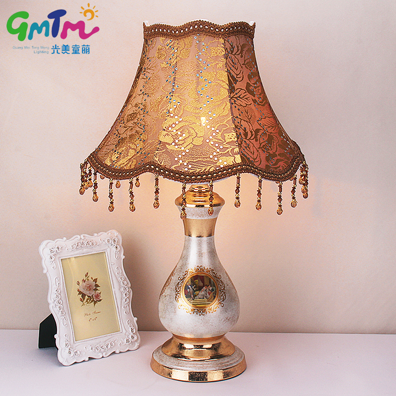 European Palace Style Desk lamp Hand Painted Table Lamp Hardware Lamp Post and Cloth Cover Bedroom Light Hotel Night Lamp delmon palace hotel ex vendome plaza 4 дубай