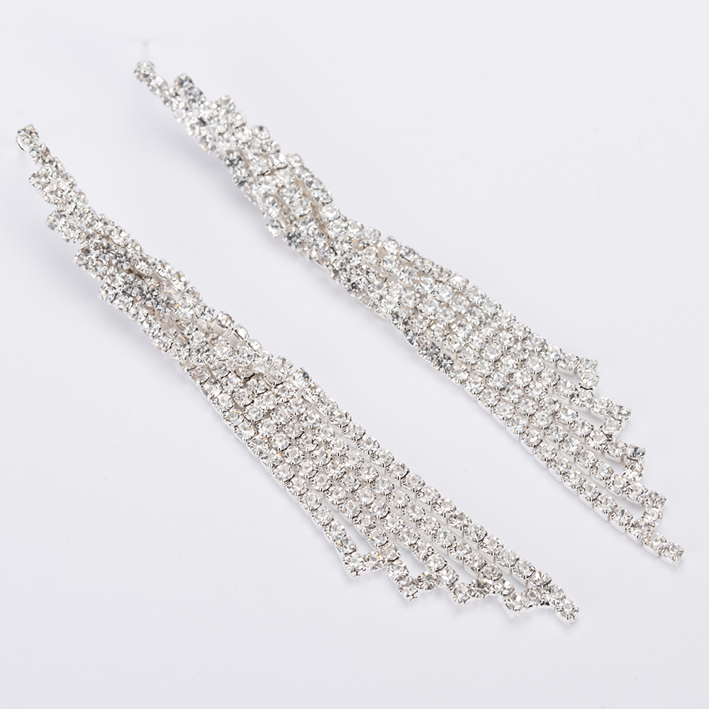 YFJEWE Fashion Jewelry Wedding Party Crystal Tassels Accessories Long Drop  Dangle Earrings Hanging boucle d oreille femme E474-in Drop Earrings from  Jewelry ... 0c295a1e6df6