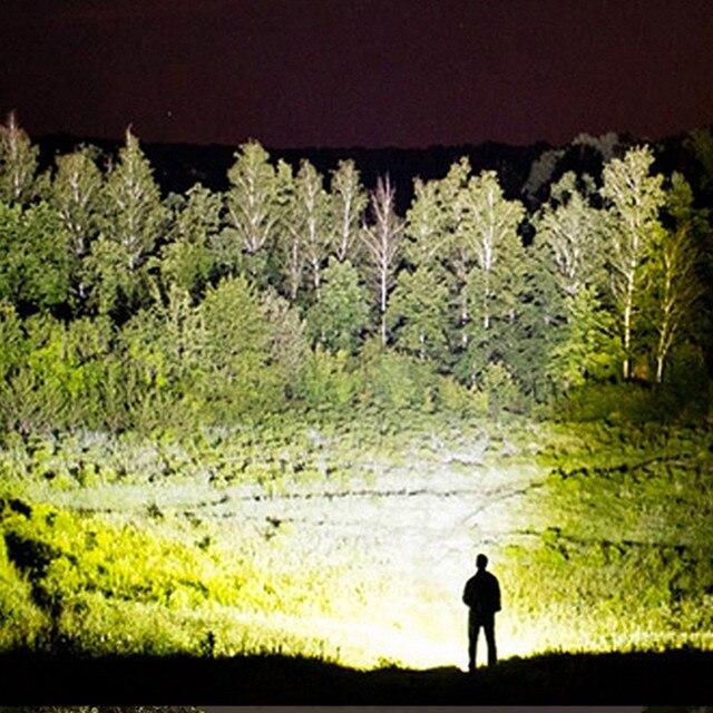 Linterna táctica de supervivencia con iluminacion led recargable usb de  9000 lúmenes