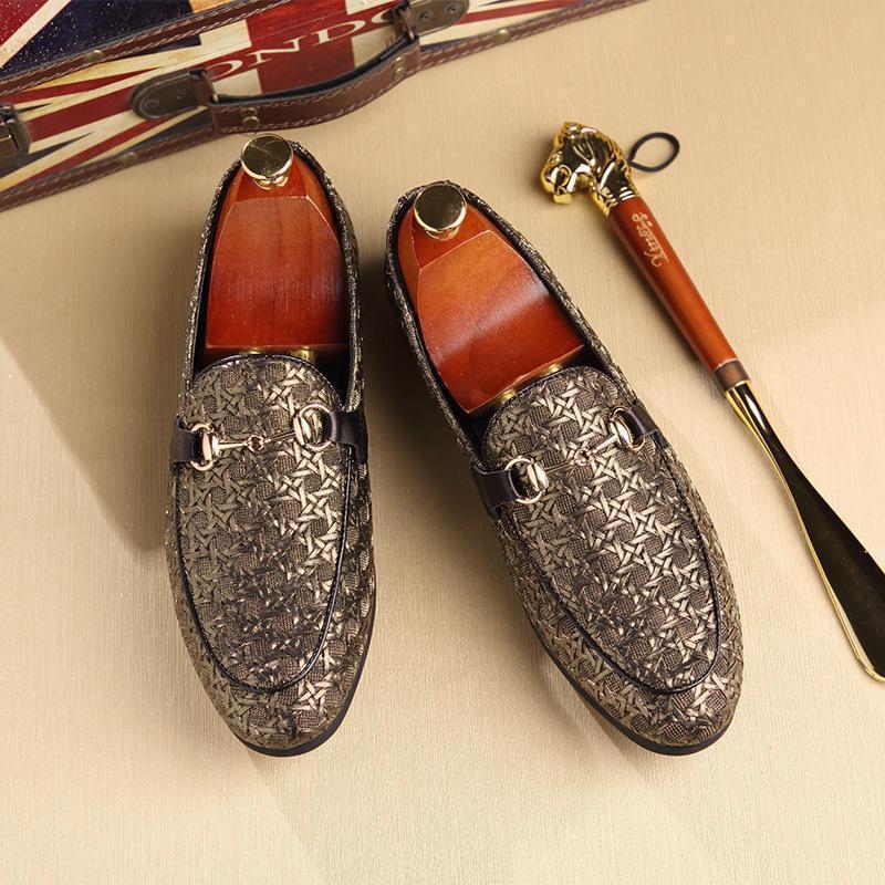 Luxury Brand Men Shoes Slip On Mens Flats Shoes Men Casual Classic Shoes For Men New Fashion Plus Size Zapatos Hombre
