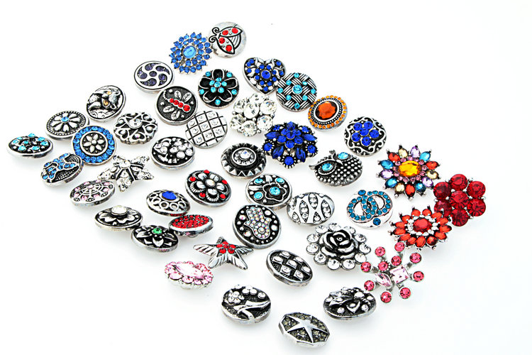 Hot sale 100pcs/lot High quality Mix Many styles 18mm Metal Snap Button Charm Rhinestone Styles Snap bracelets KZ3005