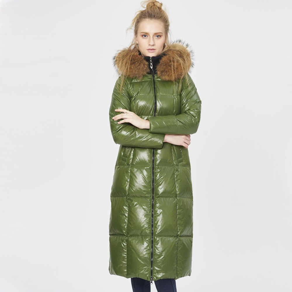 Высокое качество Канада роскошный 2018 зимний женский теплый толстый утиный пух парки Мода натуральный мех енота воротник пуховик пальто