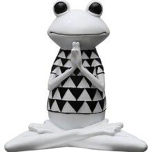 Europe Resin Yoga frog table home decoration crafts Animals figurine spiritual halloween cabochon