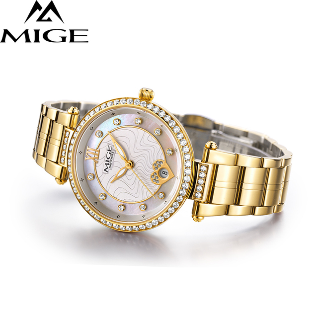2017 New Time-limited Top Fashion Ultrathin Gold Ladies Watches Steel Watchband Saphire Waterproof Quartz Women Clock Watch 2