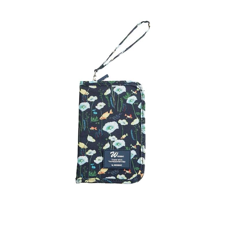 300D Oxford Fabric Short Travel Passport Holder Cute Animal Prints Waterproof Zipper Passport Cover With Wrist Strap