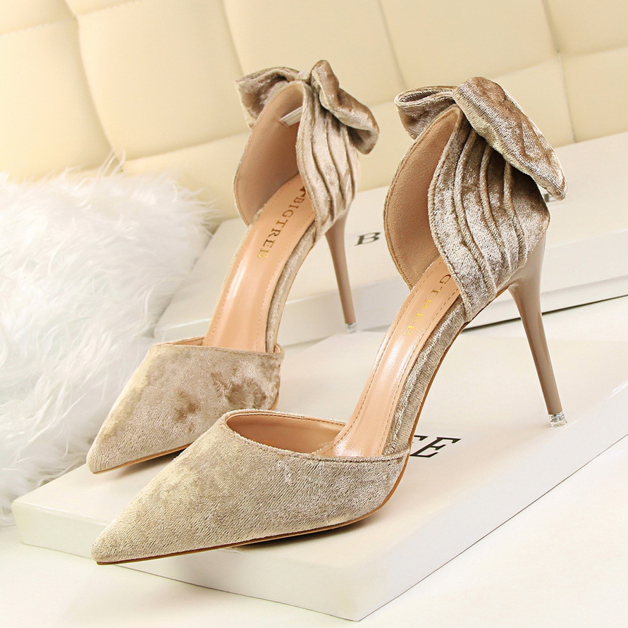 Fashion sweet Suede Spring Summer women pumps 9.5 CM Fine high heels Shallow mouth Pointed Hollow Bow sandals bigtree spring autumn silk women pumps shallow mouth pointed shiny rhinestones 10 5 cm fine high heels shoes