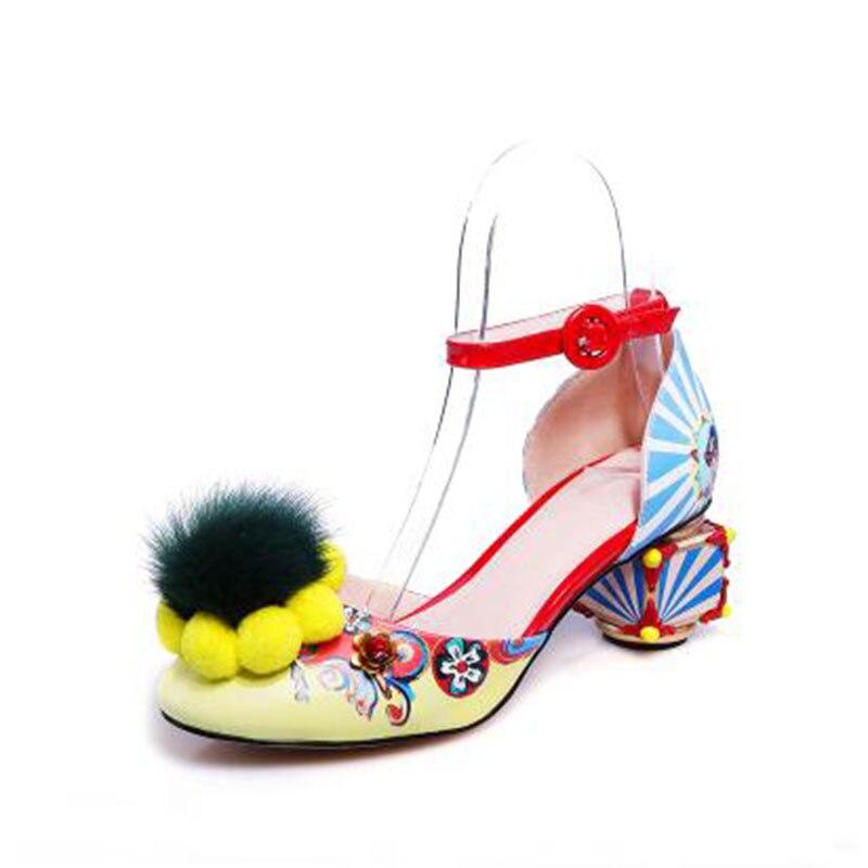 A Viento Pulsera Moda Bola Correa Sandalias Nacional Sexy Extranjero Y Chica Maomao La De Impreso rojo Zapatos Multiple Baotou Hueco Graffiti Cuero rHrWv4aA
