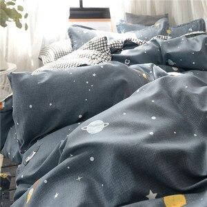 Image 5 - Pianeta Biancheria Da Letto di Stampa Set Skin friendly Federa Piatto Copriletto Duvet Cover Set AB Lato Bambini Biancheria Da Letto 3/4pcs