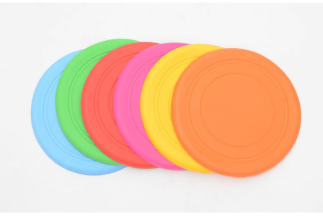 1pcs Funny Silicone Flying Saucer Dog Cat Toy Dog Game Flying Discs Resistant Chew Puppy Training Interactive Pet Supplies7