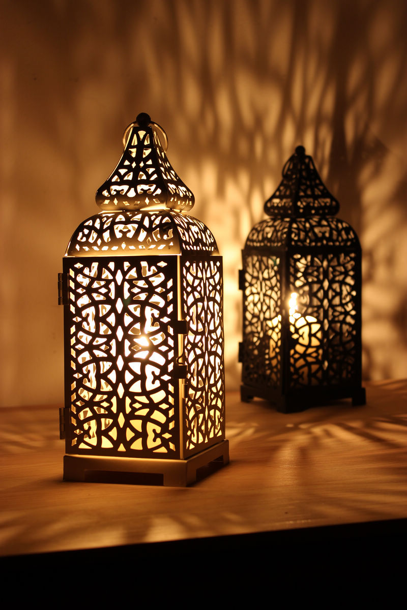 Moroccan decor moroccan lanterns and lamps part 9 - Vintage Metal Hollow Candle Holder Articles White Black Moroccan European Candlestick Hanging Lantern Wedding Decor 28 5
