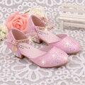 2016 venda Quente meninas princesa sapatos de Verão respirável sandálias Strass meados de calcanhar sapatos único crianças de couro Crianças sandália sapato