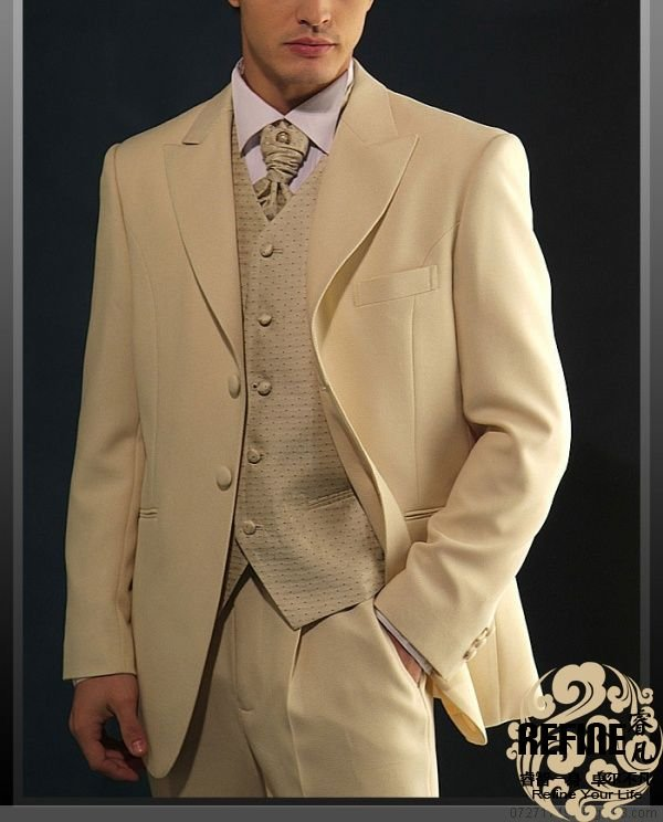 Men ivory wedding suits patch pocket hand made wool men for Mens ivory dress shirt wedding