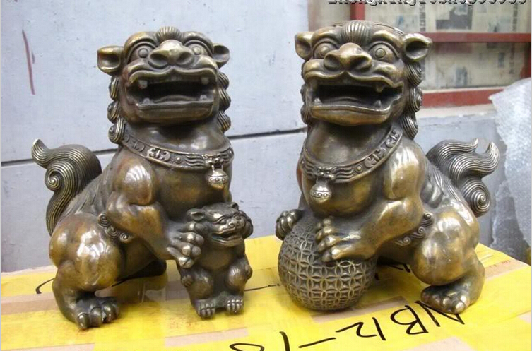 WBY 728++++++wholesale Retro bronze factory outlets Chinese Classical Bronze Carved evil spirits Foo Dog guard Lion Pair statueWBY 728++++++wholesale Retro bronze factory outlets Chinese Classical Bronze Carved evil spirits Foo Dog guard Lion Pair statue