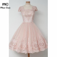 2018 Vintage Pink Graduation Homecoming Dresses Short with Lace Short Sleeve Wedding Party Dress Homecoming Cocktail Party Dress