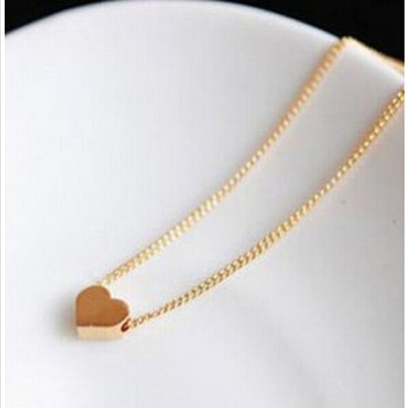 Korean fashion jewelry Pursuit heart gold short chain necklace female clavicle Free shipping! 4ND16