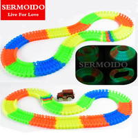 MAGIC A TRACKS Miraculous Glowing Race Track Bend Flex Flash In The Dark Assembly Car Toy