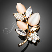 2014 New Arrival Quality 18K Real Gold Plated Alloy Opal Cubic Zirconia Decorated Leaf Design Brooch