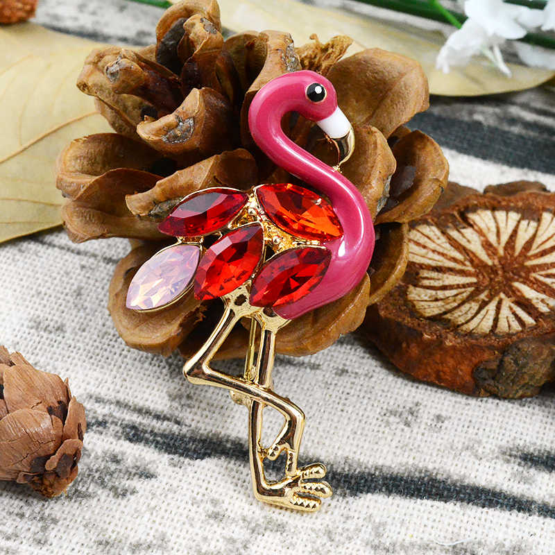 エナメルレッドクリスタル鳥ピンとブローチフラミンゴの女性のためのジュエリー金属コートスーツドレスピン洋服アクセサリーギフト