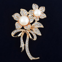 Flower Imitation Pearls Brooches Crystals Rhinestone Broach Pins for Bridal Wedding Bouquet Women Girls Jewelry Gifts M58