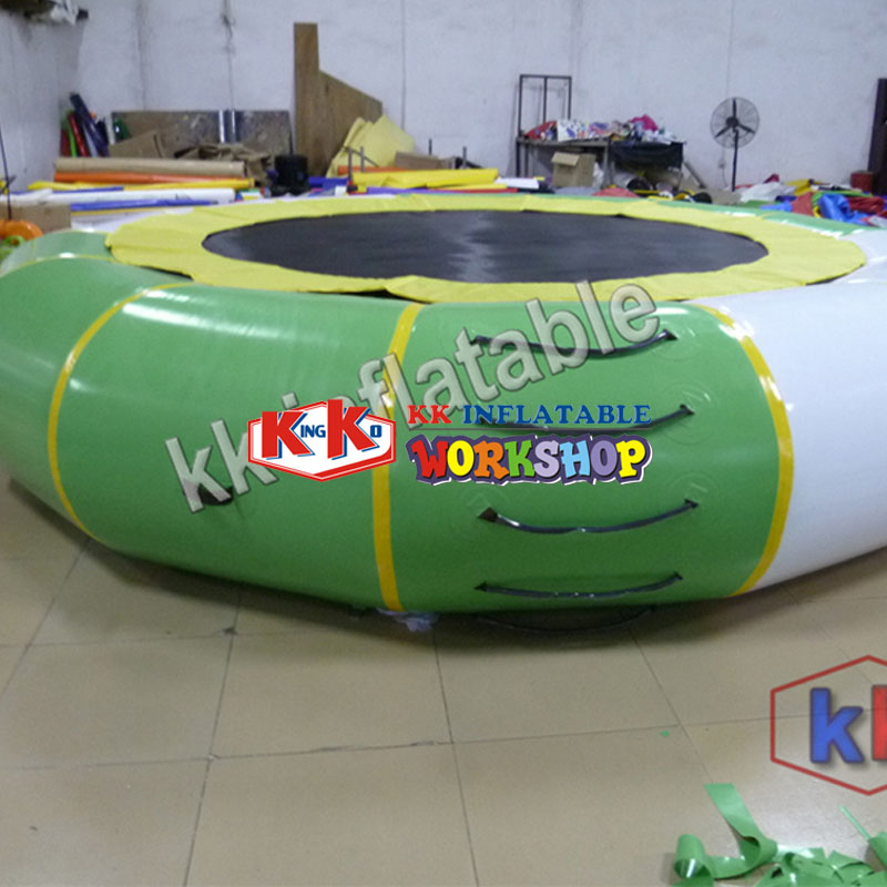 0.9mmPVC Inflatable Water Trampoline Inflatable Jumping Trampoline Gymnastics Trampoline Water Jumper