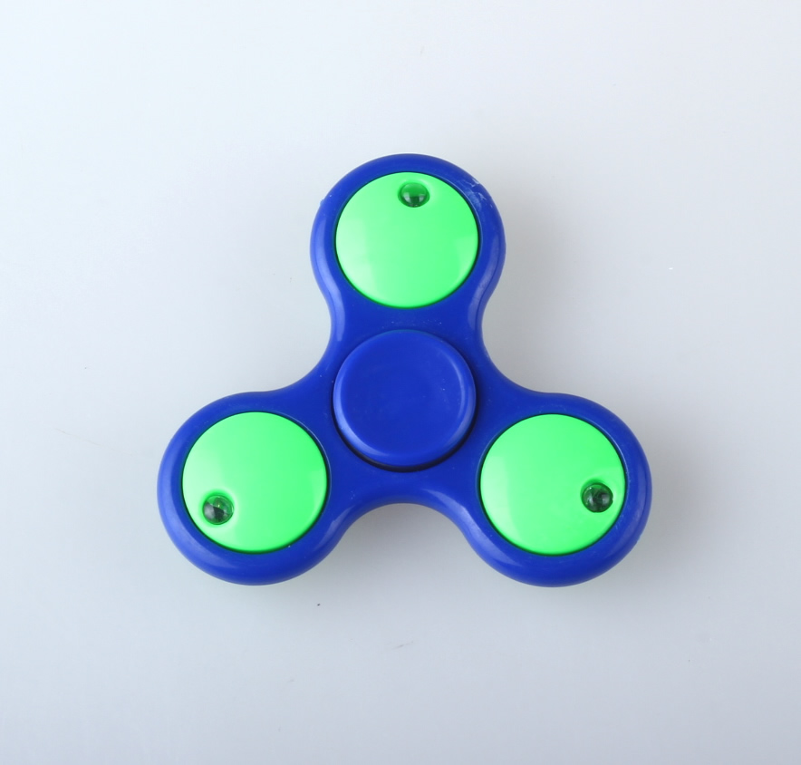 Hand Spinner Tri Spinning Gyro Toys Plastic LED Light Up Fidget Spinner for Relief Focus Anxiety Stress
