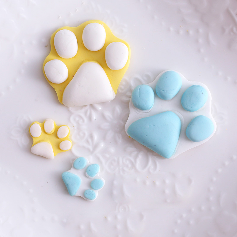 Hot Silicone Cake Mold Dog Paw Bone Shape Muffin Tray Candy Cookie Jelly Chocolate Moulds Baking Tool LFD in Cake Molds from Home Garden