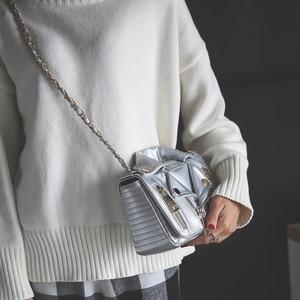Image 5 - 새로운 유럽 브랜드 디자이너 체인 오토바이 가방 여성 의류 어깨 리벳 자켓 가방 메신저 가방 여성 가죽 핸드백