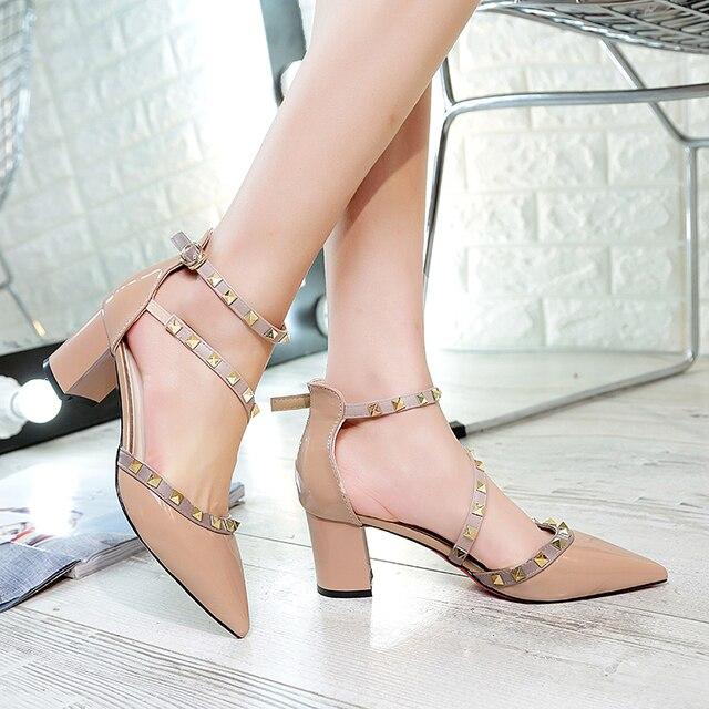 97359d4b0 Lucyever Mulheres Bombas Moda Rebites Sandálias Elegantes Apontou Toe  Grosso sapatos de Salto Alto Festa Primavera Verão Sapatos Mulher