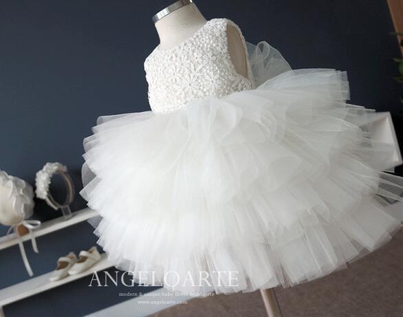4e2708765 Tul blanco niña vestidos de bautizo Niñas partido del vestido de boda  princesa Tutu vestido infantil del bautismo del vestido de bola en Vestidos  de Mamá y ...