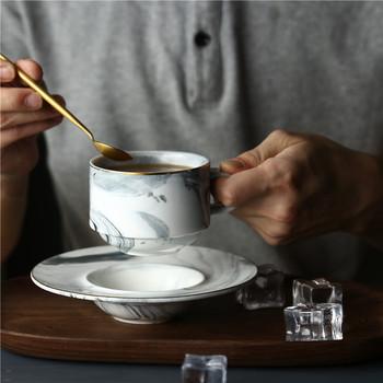 Chic Nordic marmurowe ceramiczne kubki filiżanka do kawy ze spodkiem zestawy różowy szary kolor rano mleko napój herbaciany porcelanowe kubki z łyżeczką zestaw naczyń tanie i dobre opinie Ehonghong CN (pochodzenie) Filiżanka kawy i Spodek Zestawy Ręcznie malowane LTA052 Ekologiczne Na stanie Pink Gray Marble color